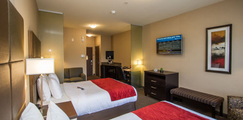 Comfort Suites Kelowna Two Queen