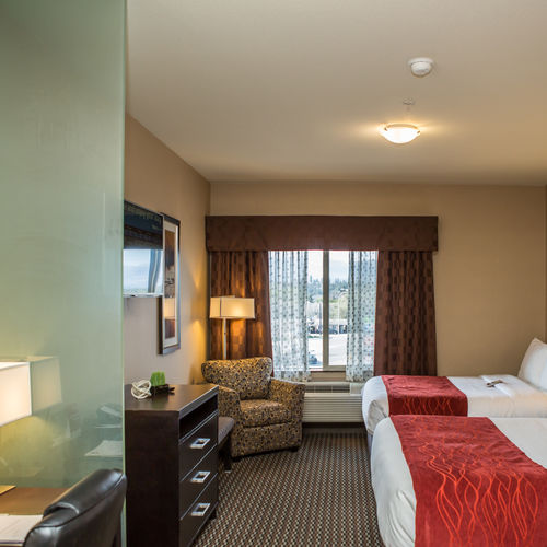 Comfort Suites Kelowna Queen/Double